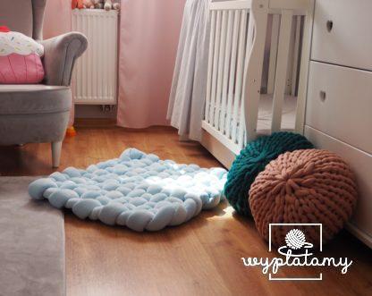 Mata dla dziecka do leżenia na podłodze